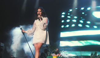 Lana Del Rey performing at Planeta Terra Festival in November 2013. (Wikipedia)