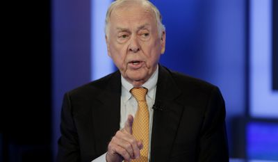 """FILE - In this Oct. 8, 2015 file photo, T. Boone Pickens appears on the """"The Intelligence Report with Trish Regan"""" program, on the Fox Business Network, in New York. Pickens, who recently suffered from a series of strokes, took a """"Texas-sized fall"""" that put him in the hospital last week.  In a posting to LinkedIn, the corporate raider and legendary oilfield wildcatter said that he is still mentally strong but that as far as his life goes, """"I clearly am in the fourth quarter."""" (AP Photo/Richard Drew)"""