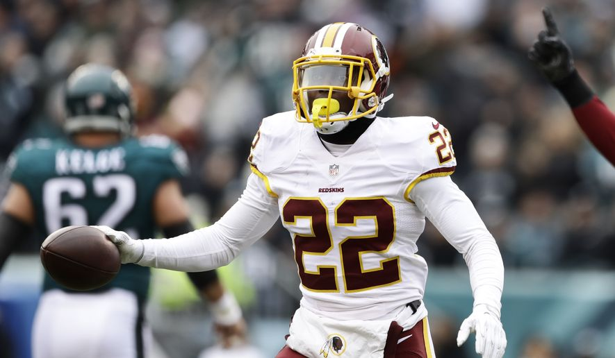 Washington Redskins cornerback Deshazor Everett (22) during an NFL football game against Philadelphia Eagles Sunday, Dec. 11, 2016, in Philadelphia. (AP Photo/Matt Rourke)