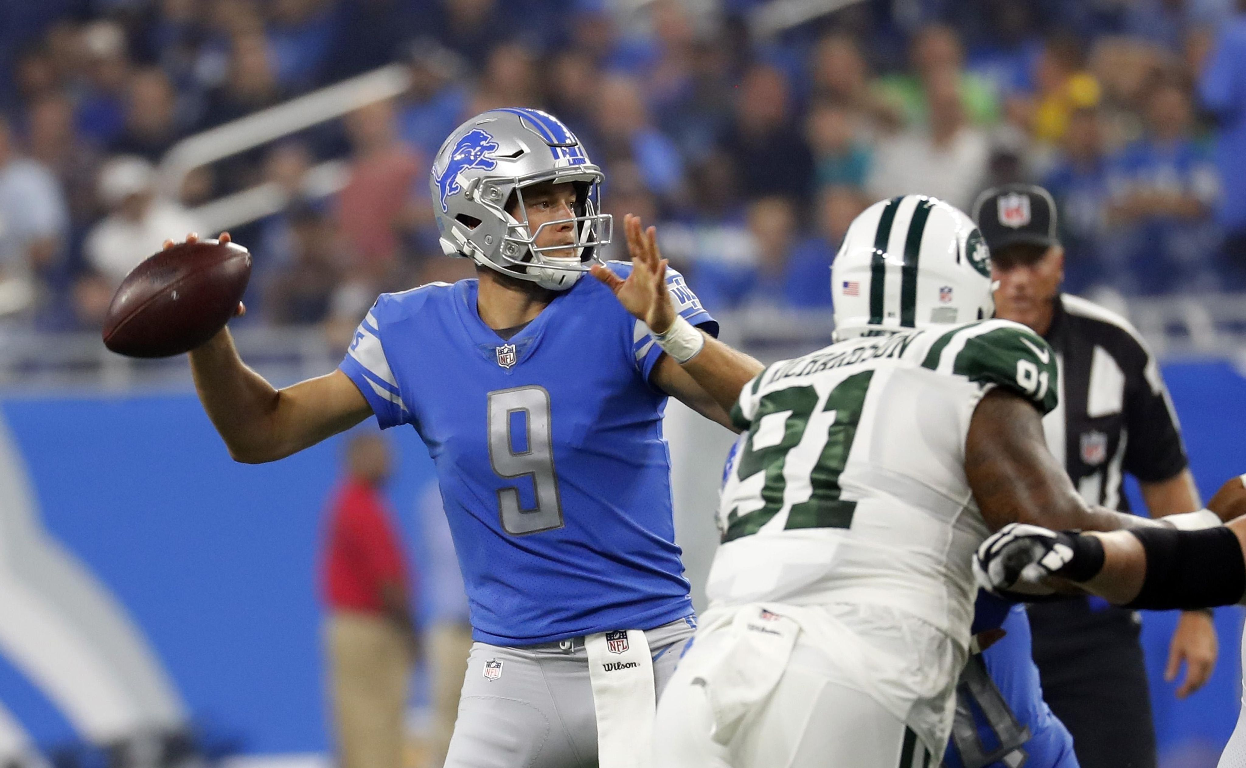 Jets_lions_football_96258_s4096x2526