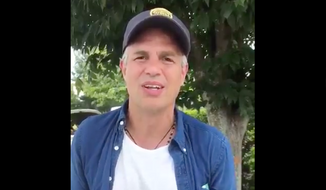 Actor Mark Ruffalo, shown here in a brief interview with an activist group Popular Democracy during his participation in an anti-white supremacy march to Washington, D.C. (Popular Democracy/Twitter) [https://twitter.com/popdemoc/status/903331844841758720]