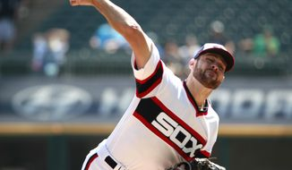 Chicago White Sox starting pitcher Lucas Giolito delivers during the first inning of a baseball game against the Tampa Bay Rays in Chicago, on Sunday, Sept. 3, 2017. (AP Photo/Jeff Haynes)