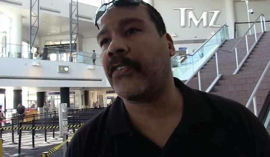 "Martin Luther King Jr.'s youngest son, Dexter King, argued that President Trump should be given the benefit of the doubt on phasing out the ""Dreamers"" program, saying the public should wait and see what Congress comes up with before directing their anger at the president. (TMZ)"