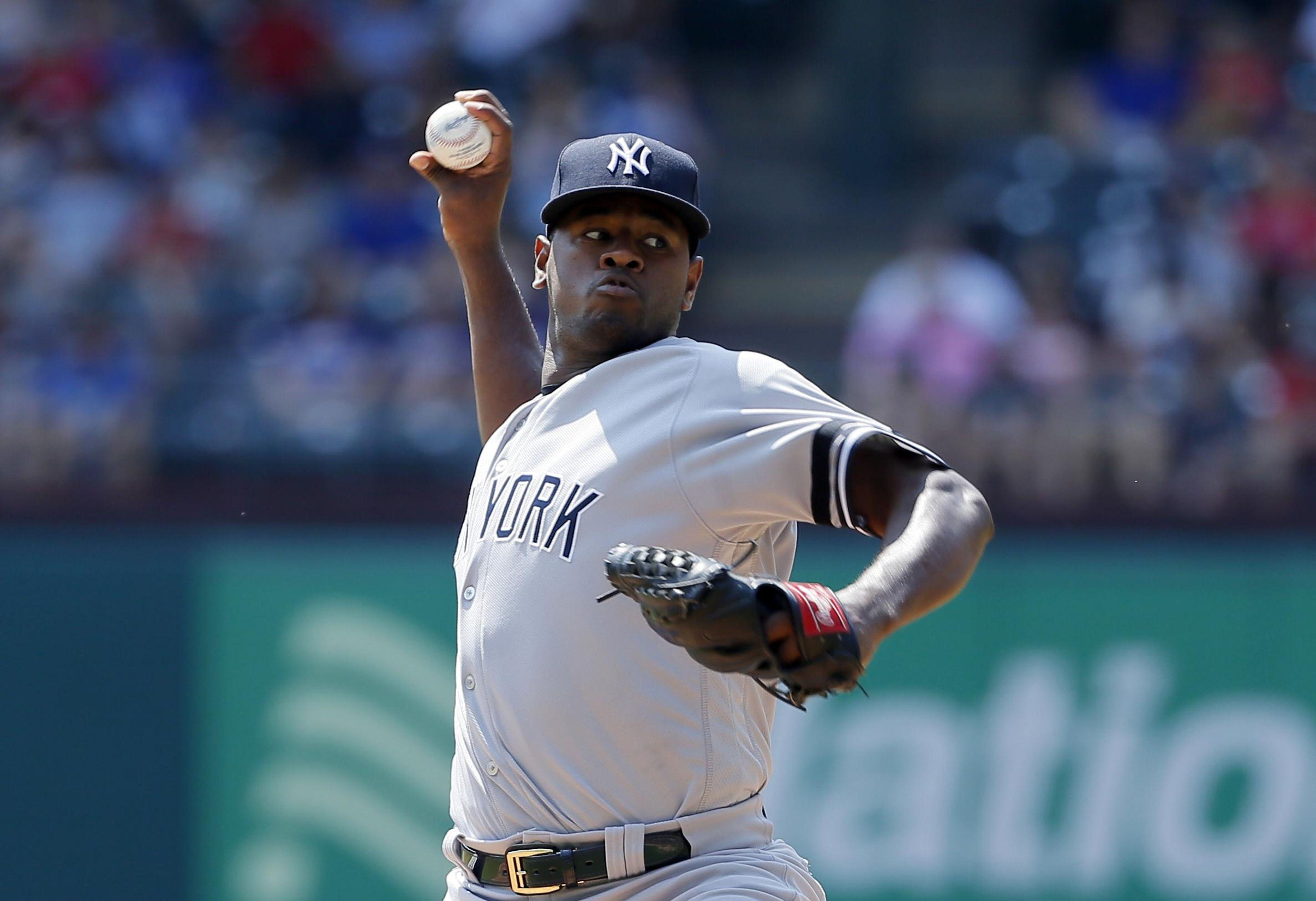 Yankees_rangers_baseball_46280_s4096x2805