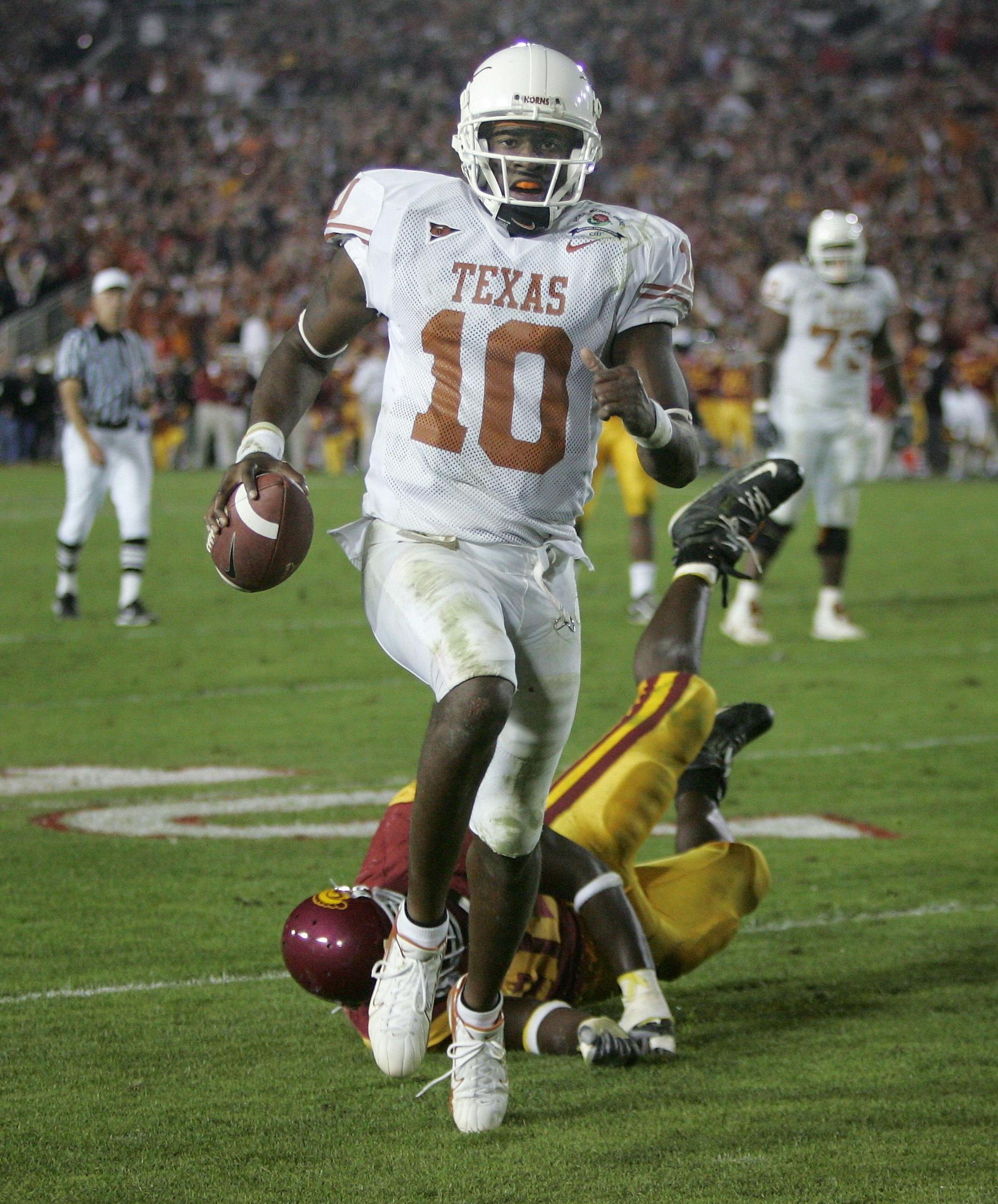 Texas_usc_greatest_game_football_13487_s3393x4096