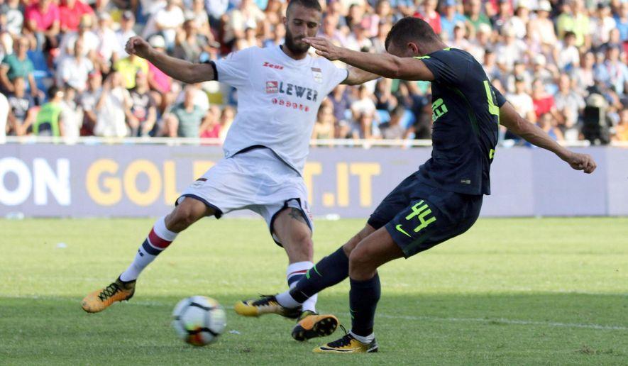 Inter Milan's Ivan Perisic scores during a Serie A soccer match between Crotone and Inter Milan at the Ezio Scida Stadium in Crotone, Italy, Saturday, Sept. 16, 2017. (Albano Angilletta/ANSA via AP)