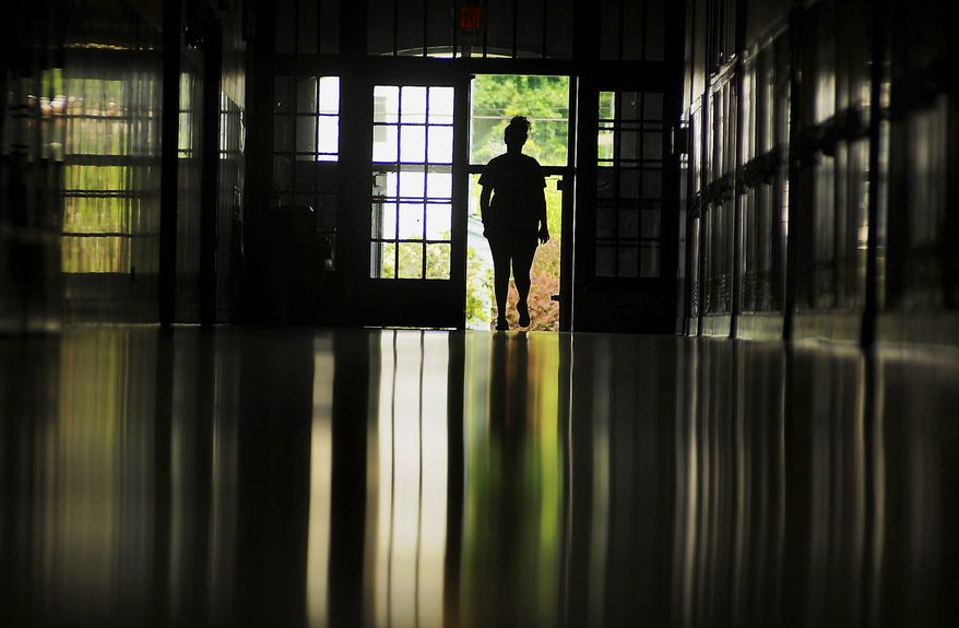 After completing treatment for substance abuse, many teenagers choose to stay at recovery high schools, a study finds. (Associated Press/File)