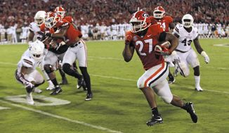 Georgia running back Nick Chubb breaks away to score a touchdown against Mississippi State during the second half during an NCAA college football game Saturday, Sept. 23, 2017, in Athens, Ga. (Bob Andres/Atlanta Journal Constitution via AP)