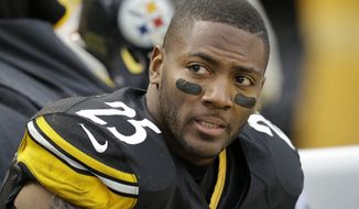 Pittsburgh Steelers free safety Ryan Clark (25) sits on the bench during the second half of an NFL football game against the Cleveland Browns in Pittsburgh, Sunday, Dec. 29, 2013. The Steelers won 20-7. (AP Photo/Gene J. Puskar)