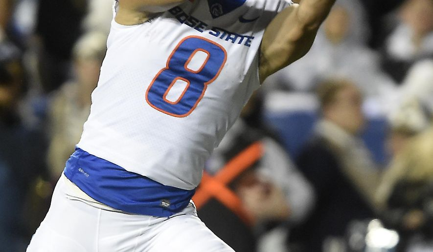 Boise State's Sean Modster pulls in a touchdown reception during the second quarter against BYU  during an NCAA college football game Friday, Oct. 6, 2017, in Provo, Utah. (Drew Nash/The Times-News via AP)