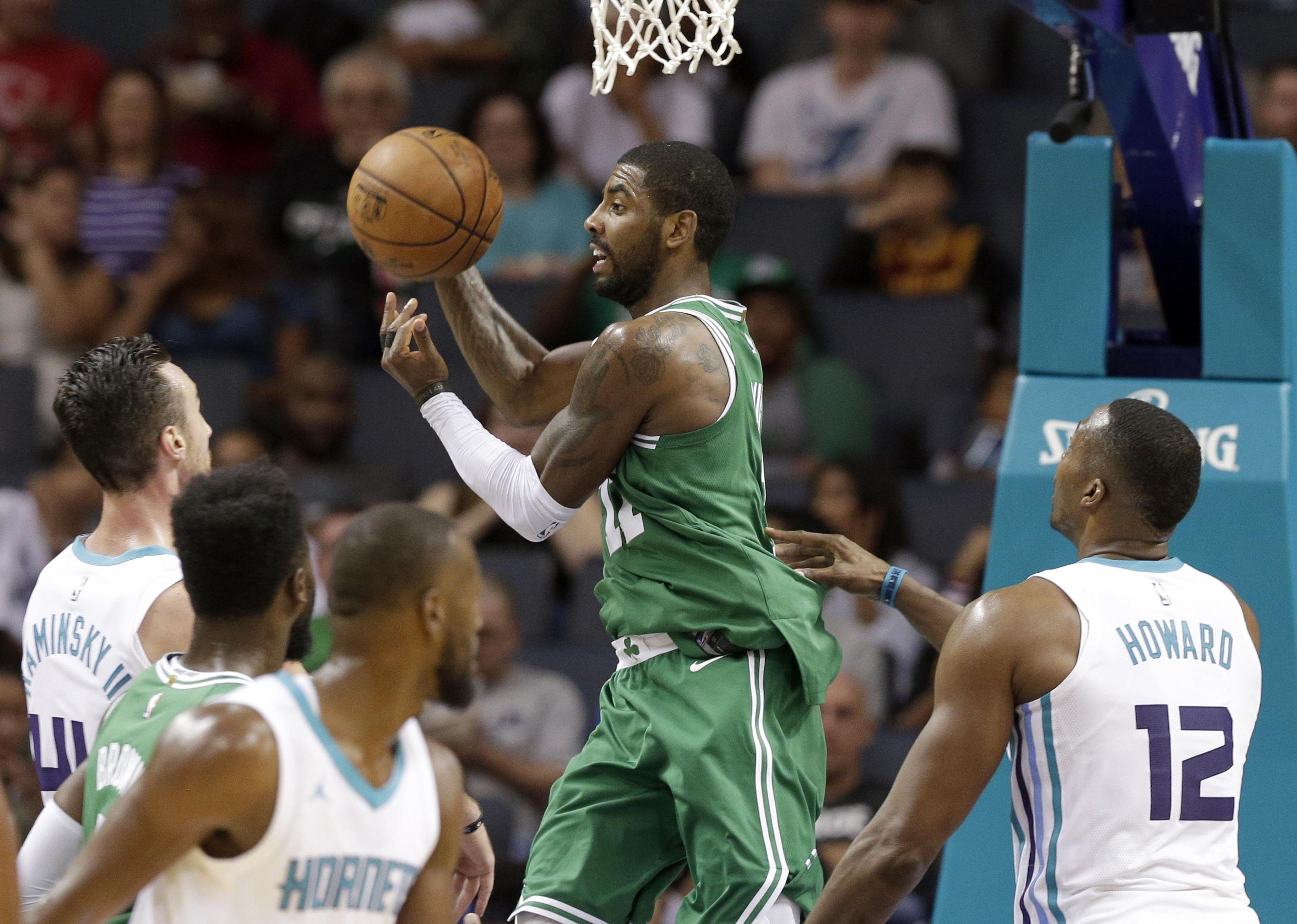 Celtics_hornets_basketball_69120_s4096x2920