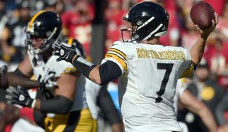 Pittsburgh Steelers quarterback Ben Roethlisberger (7) throws during the first half of an NFL football game against the Kansas City Chiefs in Kansas City, Mo., Sunday, Oct. 15, 2017. (AP Photo/Ed Zurga)