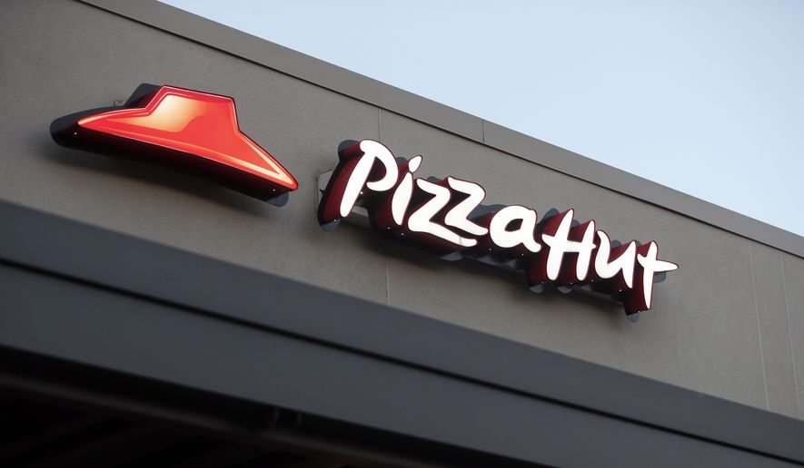 Nfl Switches To Pizza Hut After Papa Johns Ends Sponsorship