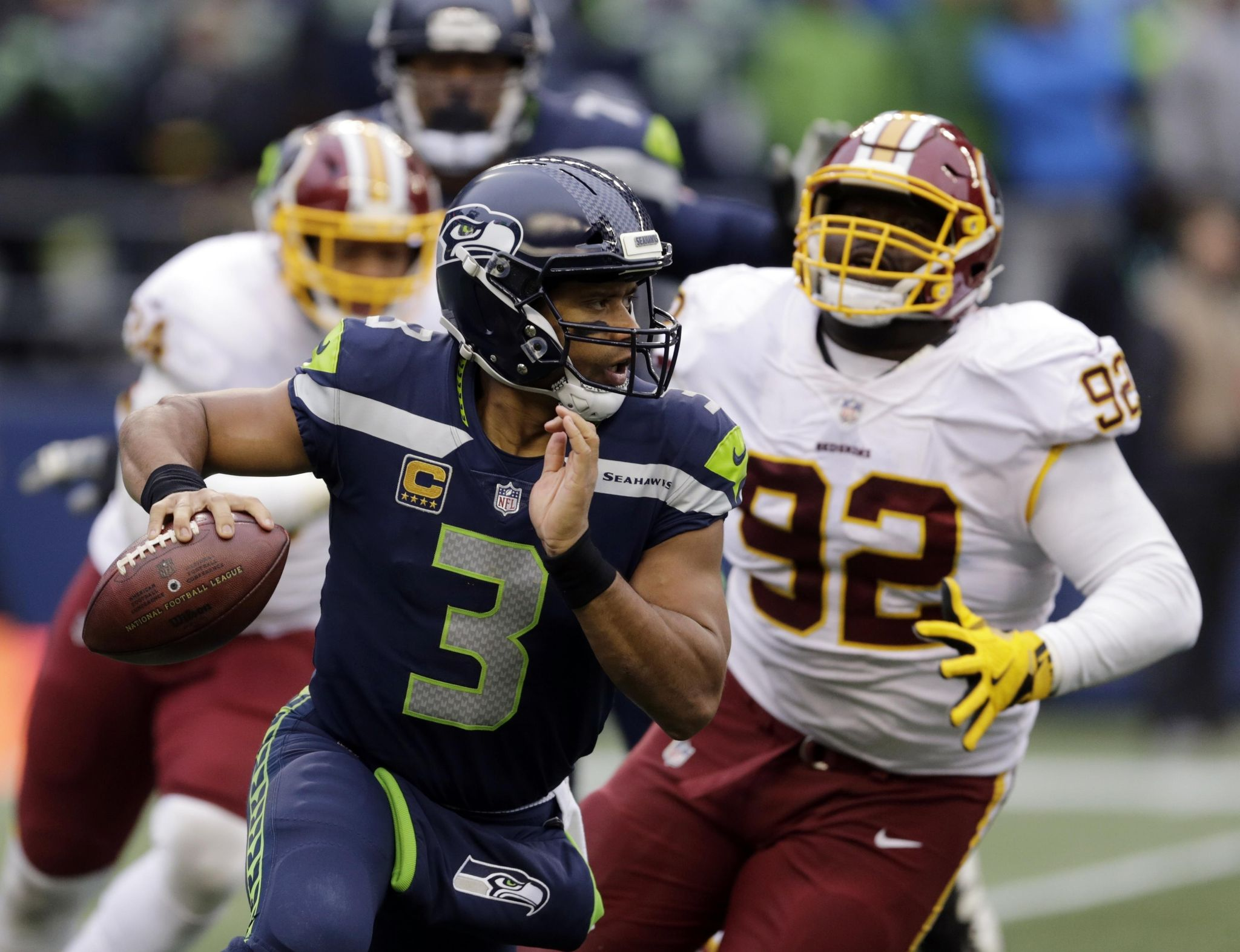 Seahawks_cardinals_football_38903_s2048x1573