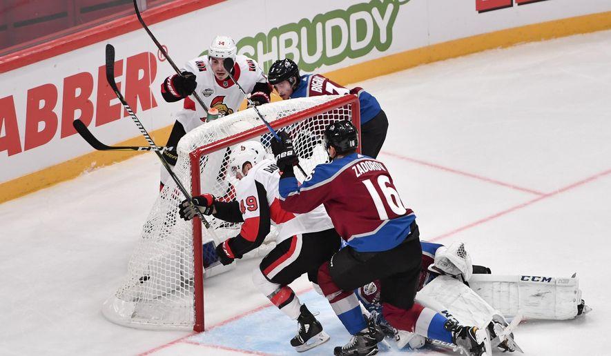 Ottawa Senators Christopher DiDomenico (49) scores 2-3 in the second period of the NHL Global Series hockey game between Colorado Avalanche and Ottawa Senators at Ericsson Globe in Stockholm, Friday, Nov. 10, 2017. (Erik Simander /TT via AP)