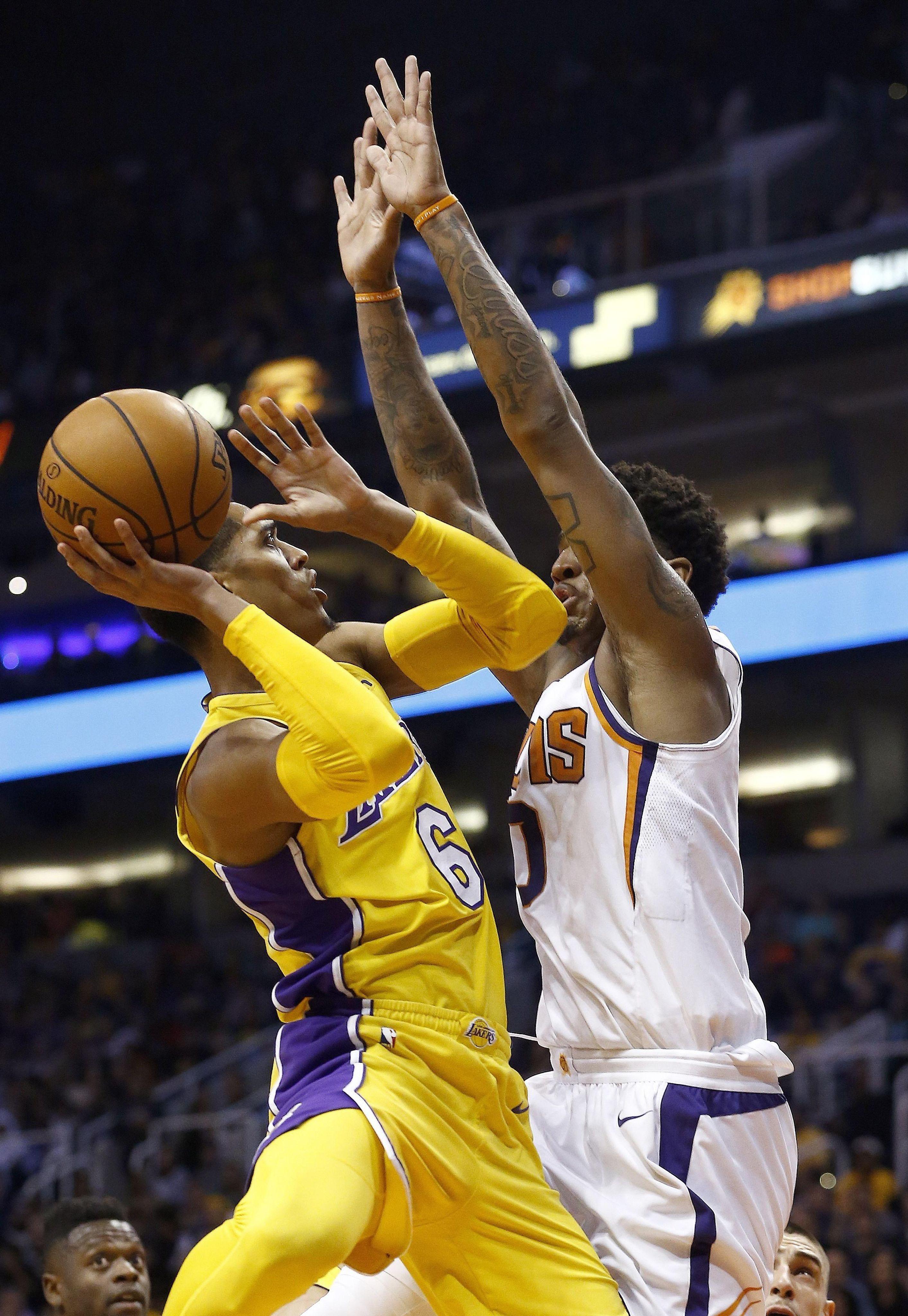 Lakers_suns_basketball_98281_s2826x4096