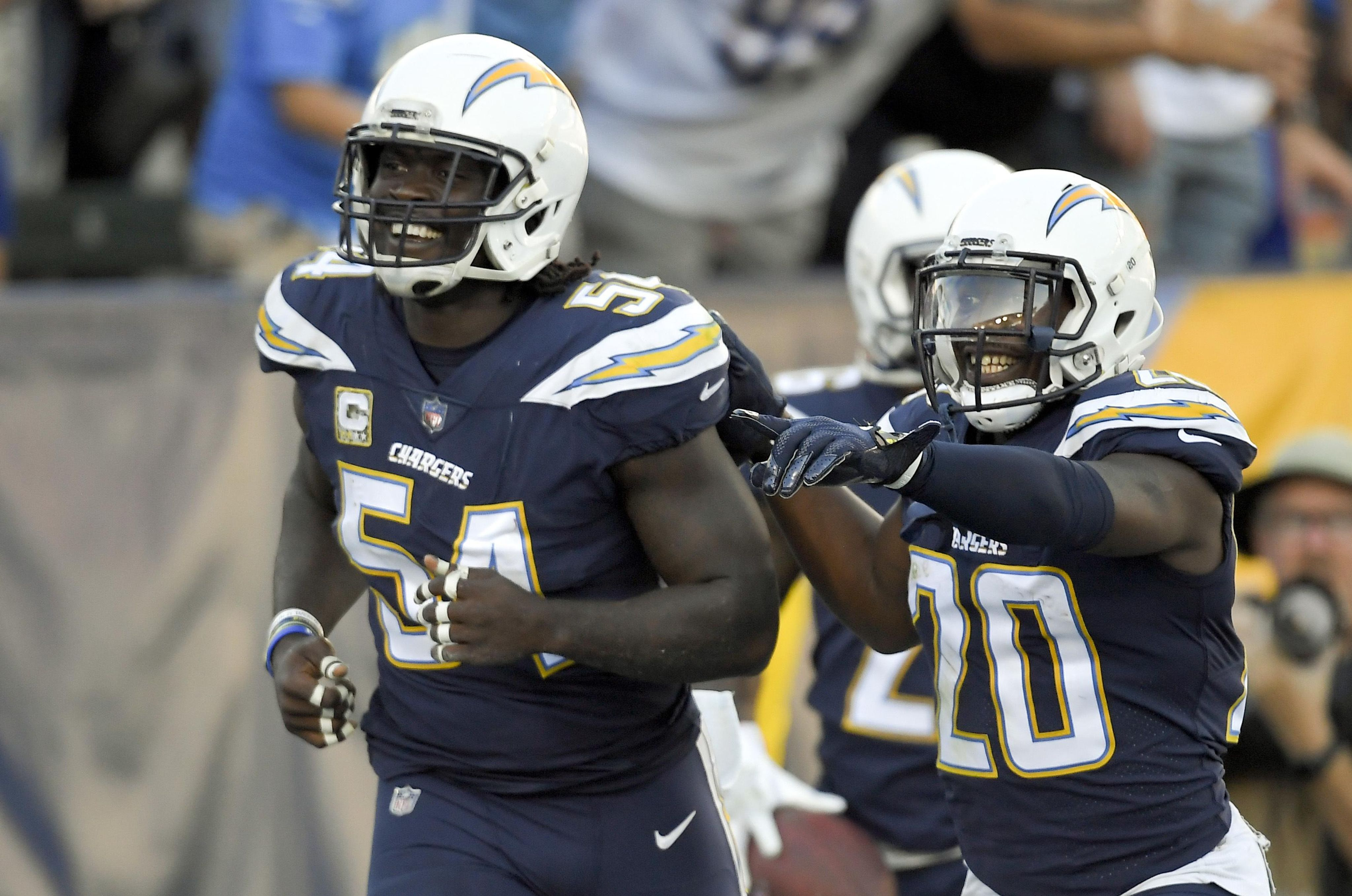 Bills_chargers_fooball_65224_s4096x2715