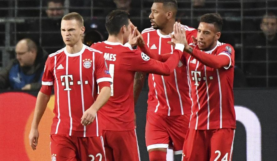 Bayern U0026 39 S Corentin Tolisso Is Congratulated By Teammates