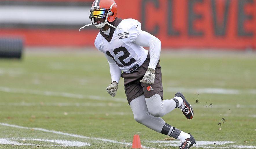 Cleveland Browns wide receiver Josh Gordon runs a route during NFL football practice, Wednesday, Nov. 22, 2017, in Berea, Ohio. (Joshua Gunter/Cleveland.com via AP)