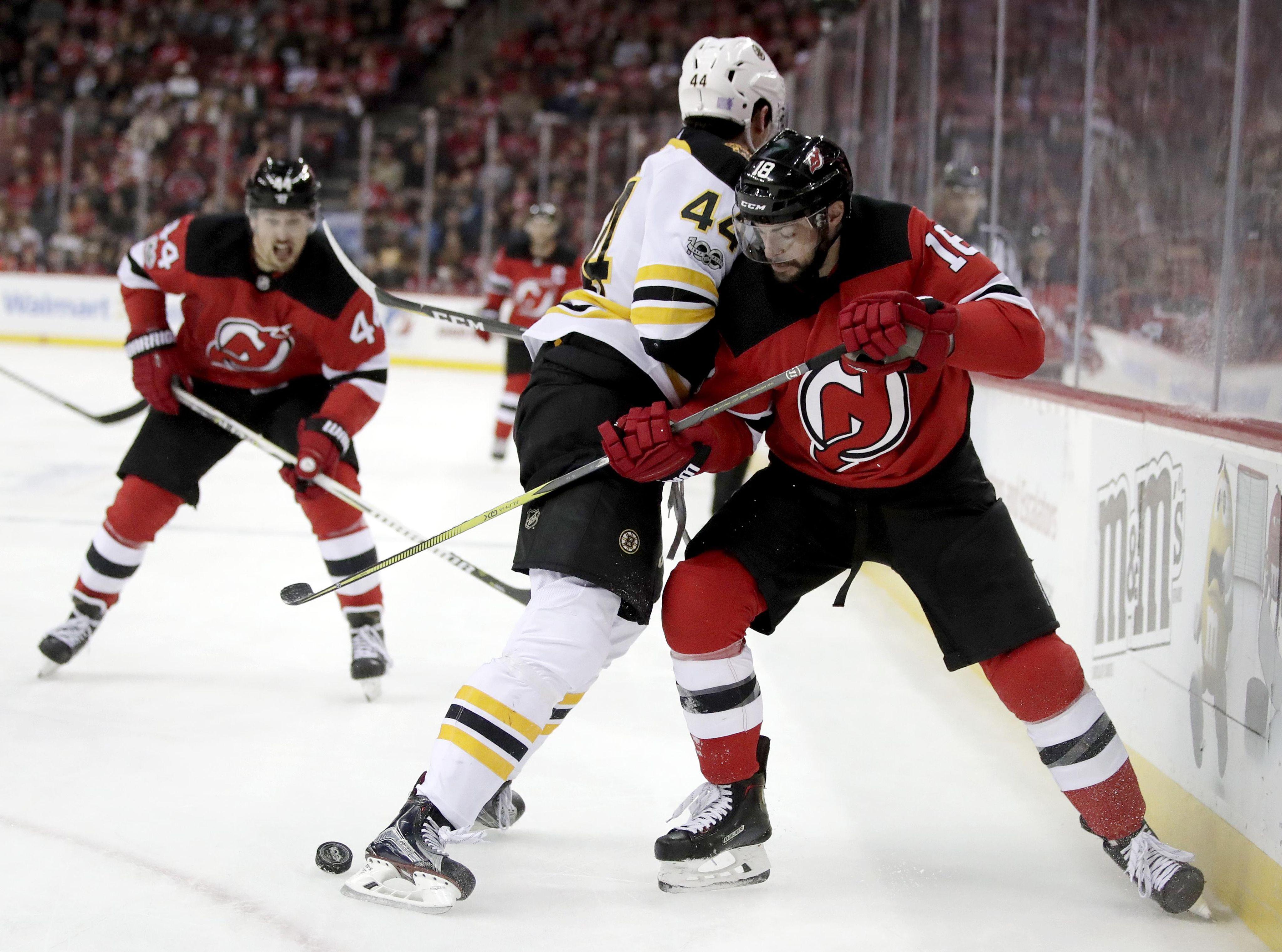 Bruins_devils_hockey_34837_s4096x3043