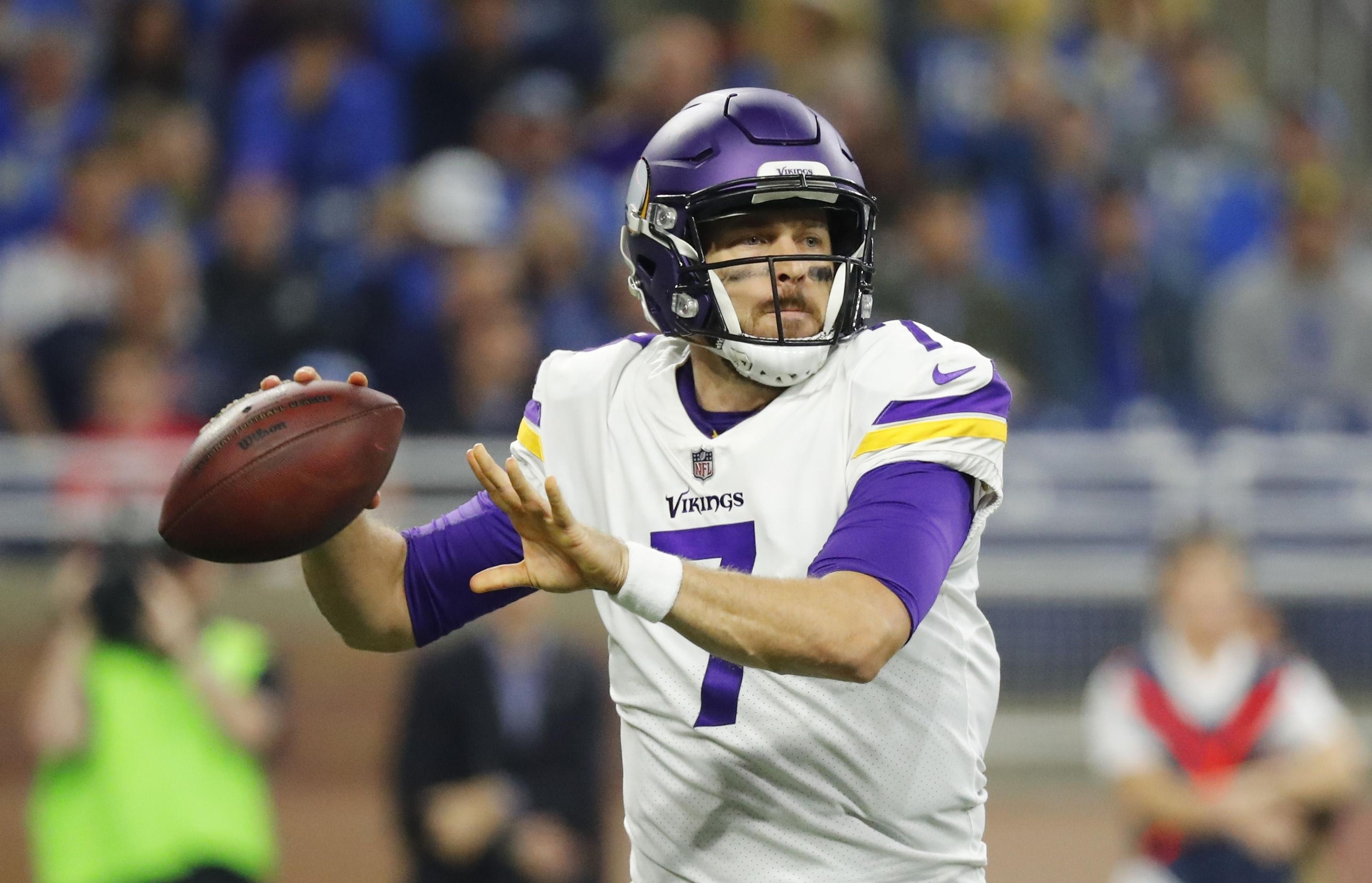 Vikings_lions_football_47125_s4096x2636