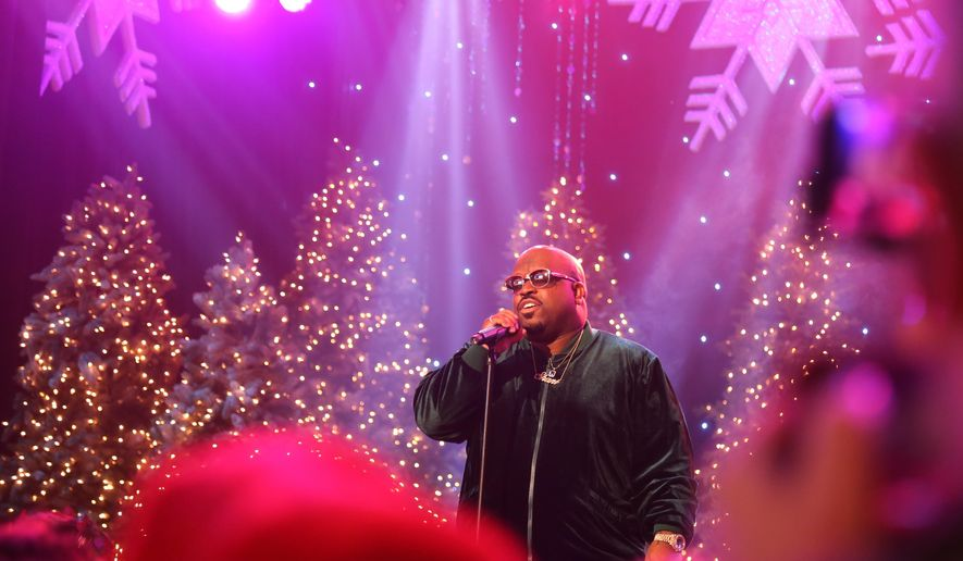 rapper ceelo green performs at the annual hollywood christmas parade in los angeles on sunday