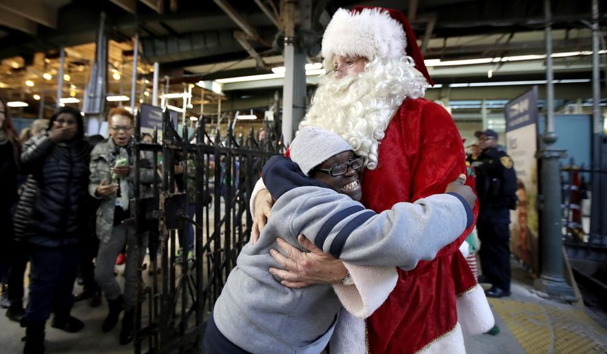 Christmas Train Ride Nj.Santa Claus Joins Children On New Jersey Transit Train