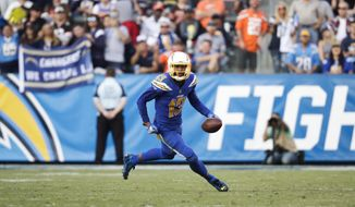 Los Angeles Chargers' Keenan Allen carries the ball during an NFL football game against the Cleveland Browns Sunday, Dec. 3, 2017, in Carson, Calif. (AP Photo/Jae C. Hong)