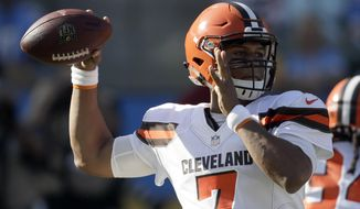 Cleveland Browns quarterback DeShone Kizer passes against the Los Angeles Chargers during the first half of an NFL football game Sunday, Dec. 3, 2017, in Carson, Calif. (AP Photo/Jae C. Hong)