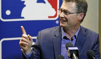 Scott Daniel Servais, manager of the Seattle Mariners, talks with members of the media at the MLB baseball winter meetings Tuesday, Dec. 12, 2017, in Orlando, Fla. (AP Photo/John Raoux)