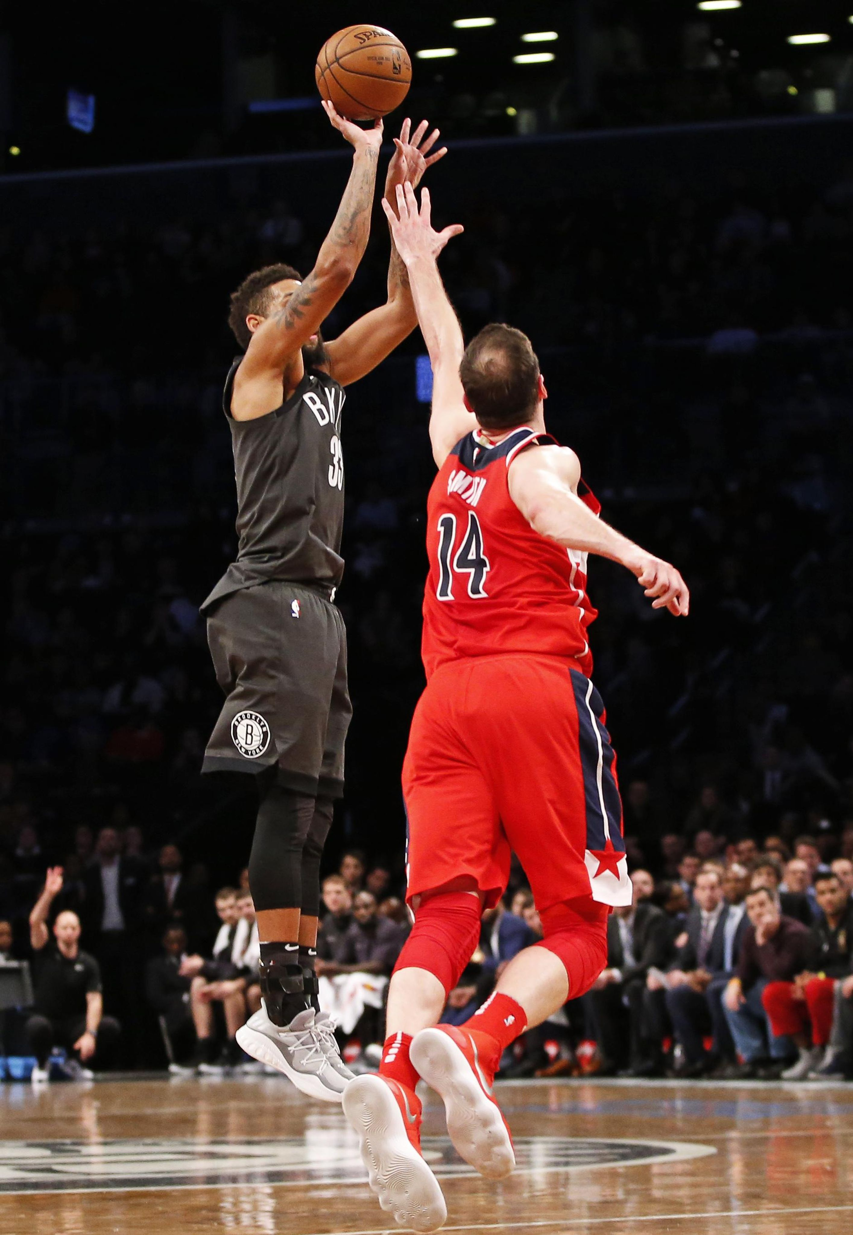 Wizards_nets_basketball_66768_s2829x4096