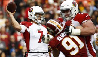 Arizona Cardinals quarterback Blaine Gabbert (7) passes the ball during the first half of an NFL football game against the Washington Redskins in Landover, Md., Sunday, Dec 17, 2017. (AP Photo/Patrick Semansky)
