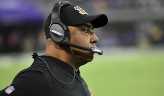 Cincinnati Bengals head coach Marvin Lewis watches from the sideline during the second half of an NFL football game against the Minnesota Vikings, Sunday, Dec. 17, 2017, in Minneapolis. (AP Photo/John Autey)