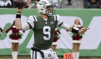 New York Jets quarterback Bryce Petty (9) throws a pass during the first half of an NFL football game against the Los Angeles Chargers, Sunday, Dec. 24, 2017, in East Rutherford, N.J. (AP Photo/Bill Kostroun)