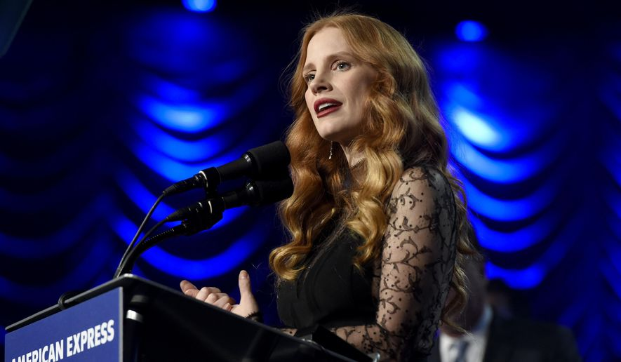 "Jessica Chastain accepts the chairman's award for ""Molly's Game"" at the 29th annual Palm Springs International Film Festival on Tuesday, Jan. 2, 2018, in Palm Springs, Calif. (Photo by Chris Pizzello/Invision/AP)"
