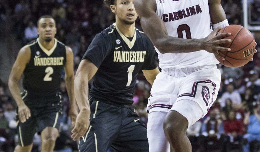 South Carolina guard David Beatty (0) dribbles down the lane during an NCAA college basketball game against Vanderbilt on Saturday, Jan. 6, 2018, in Columbia, S.C. (Gavin McIntyre/The State via AP)