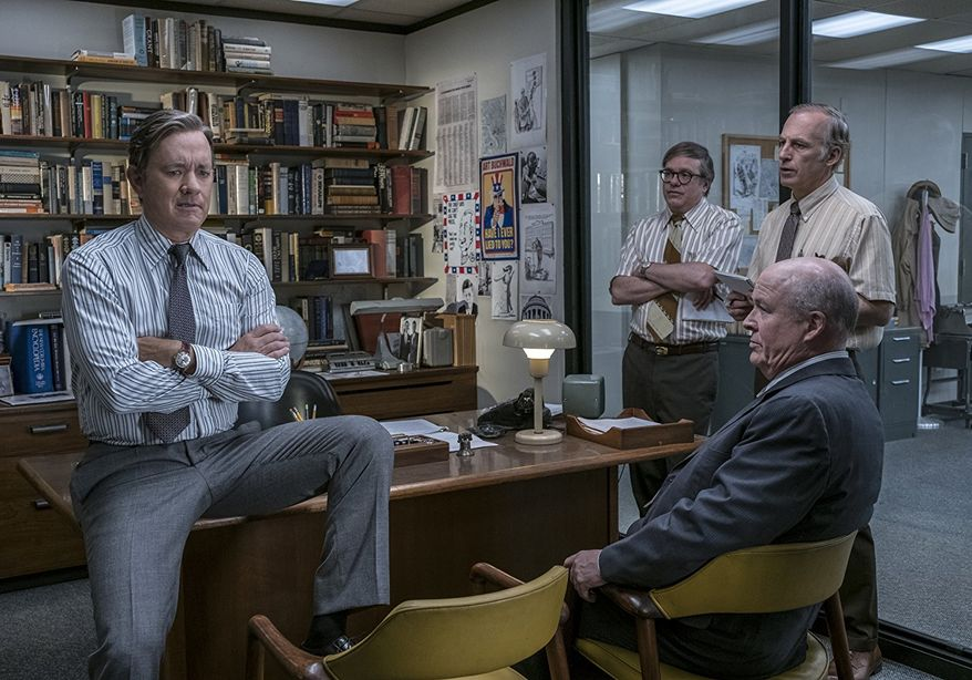 Tom Hanks, David Cross, Bob Odenkirk, and John Rue in The Post (2017)