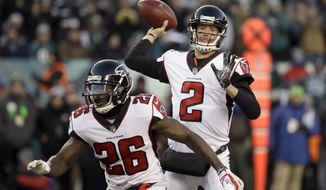 Atlanta Falcons' Matt Ryan passes during the first half of an NFL divisional playoff football game against the Philadelphia Eagles, Saturday, Jan. 13, 2018, in Philadelphia. (AP Photo/Matt Rourke)