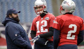 New England Patriots defensive coordinator Matt Patricia, left, speaks with quarterbacks Tom Brady (12) and Brian Hoyer (2) during an NFL football practice, Wednesday, Jan. 17, 2018, at Gillette Stadium, in Foxborough, Mass. (AP Photo/Steven Senne)