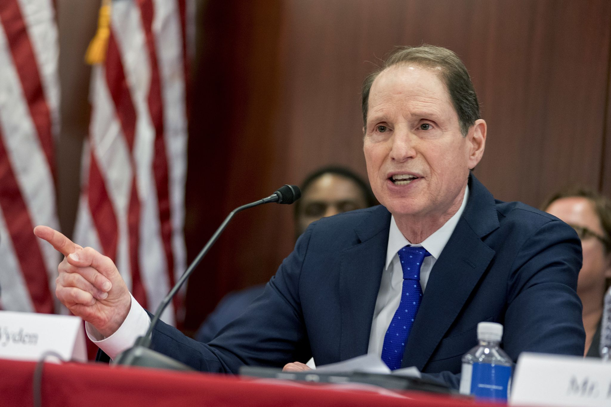 Congress should 'seize the moment' and legalize marijuana after Canada: Ron Wyden