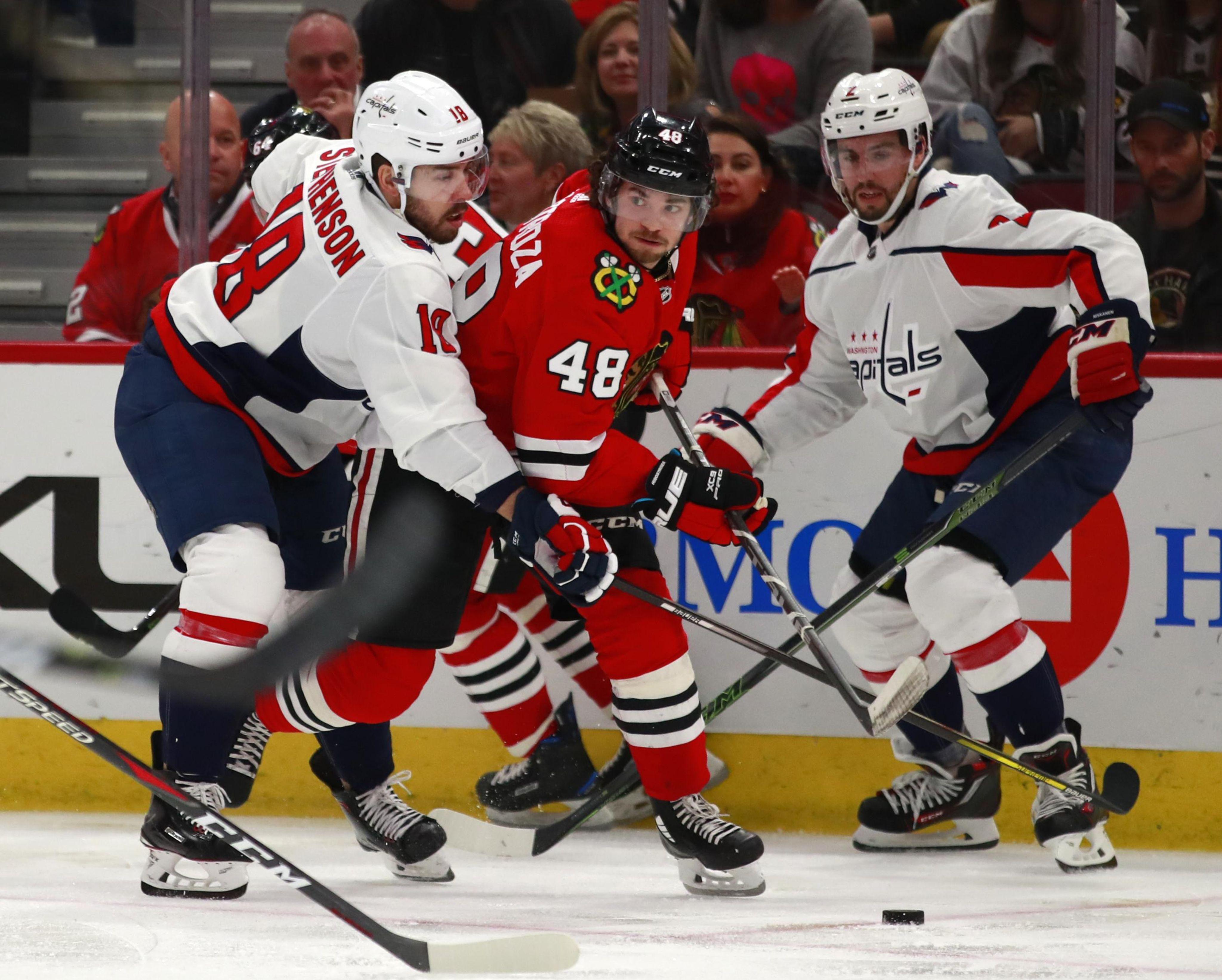 Capitols_blackhawks_hockey_81089_s4096x3284