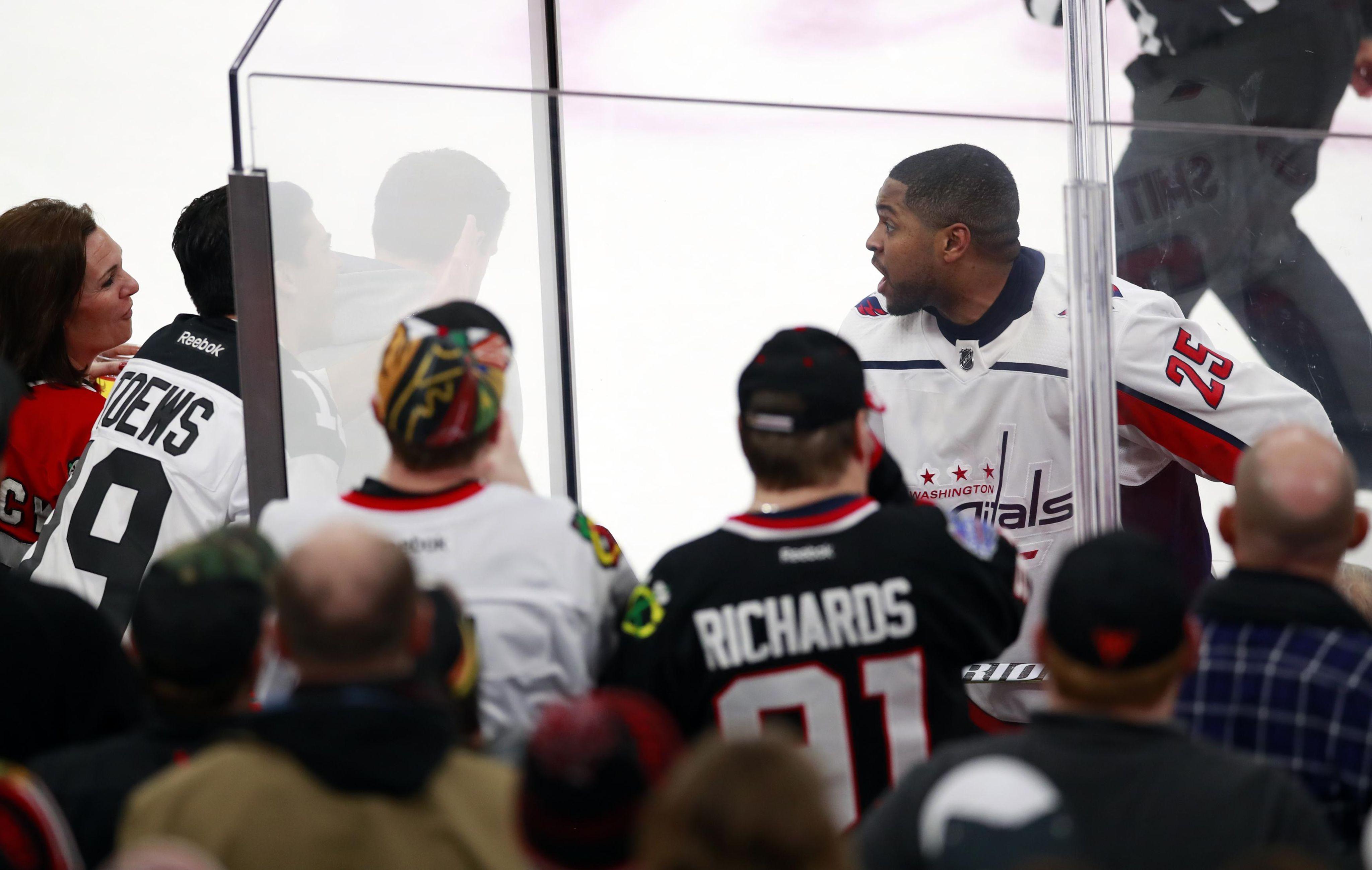 Capitals_blackhawks_hockey_74667_s4096x2599