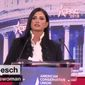 NRA spokeswoman Dana Loesch addresses the crowd at Conservative Political Action Conference (CPAC), outside Washington, Feb. 22, 2018. (Image: CNN screenshot)