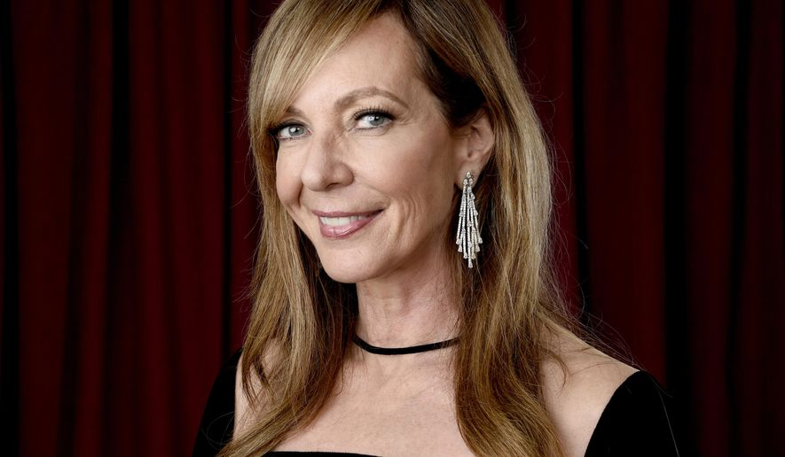 "FILE - In this Feb. 5, 2018 file photo, Allison Janney poses for a portrait at the 90th Academy Awards nominees luncheon in Beverly Hills, Calif.  Janney is nominated for best supporting actress for her role in ""I, Tonya."" (Photo by Chris Pizzello/Invision/AP, File)"