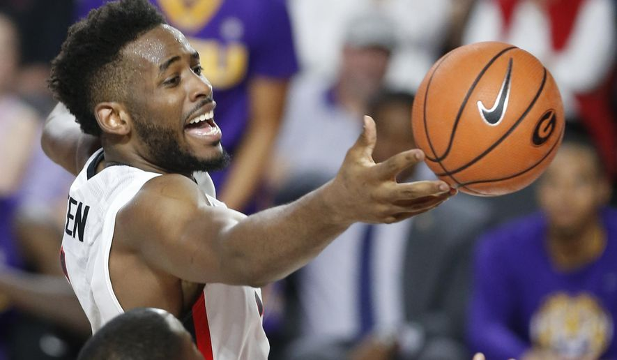 Georgia forward Yante Maten (1) loses position of the ball in the first half of an NCAA college basketball game against LSU in Athens, Ga., Saturday, Feb. 24, 2018. (Joshua L. Jones/Athens Banner-Herald via AP)