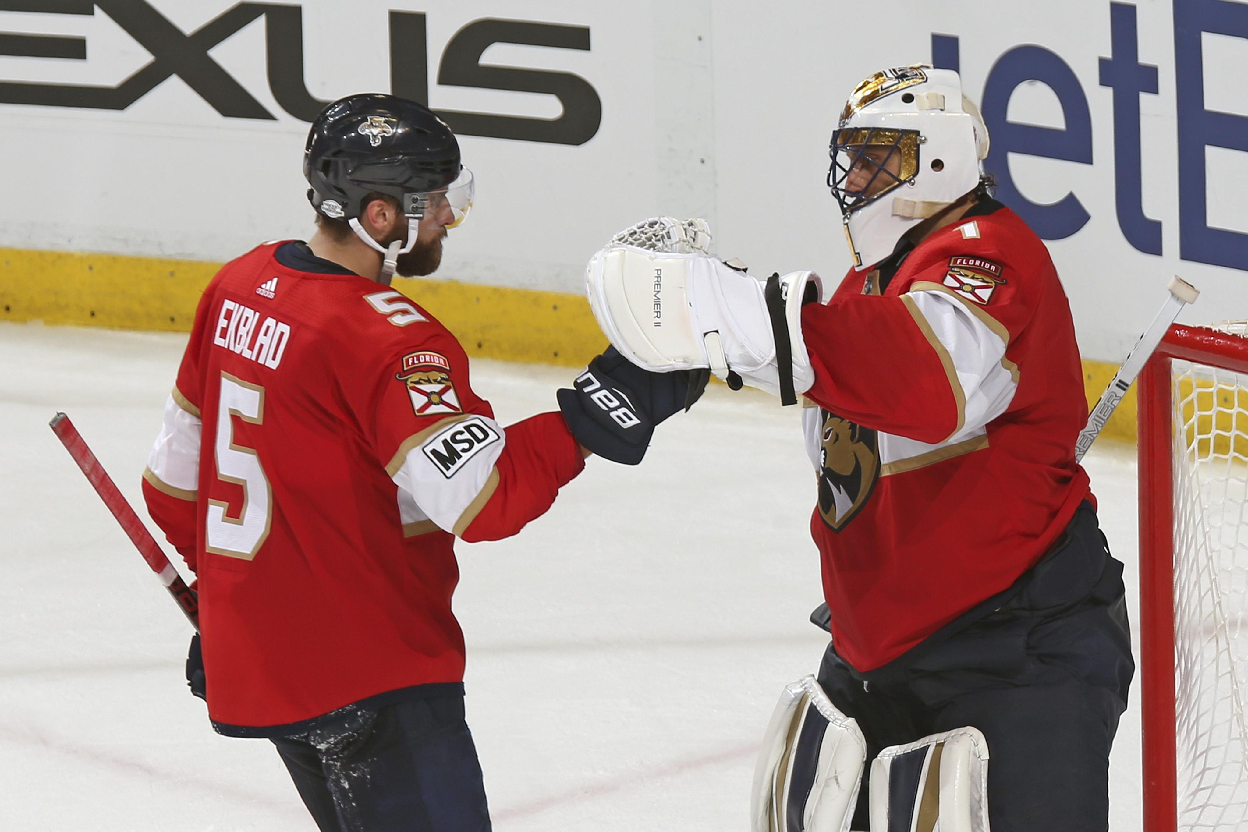 Penguins_panthers_hockey_09256_s4096x2731
