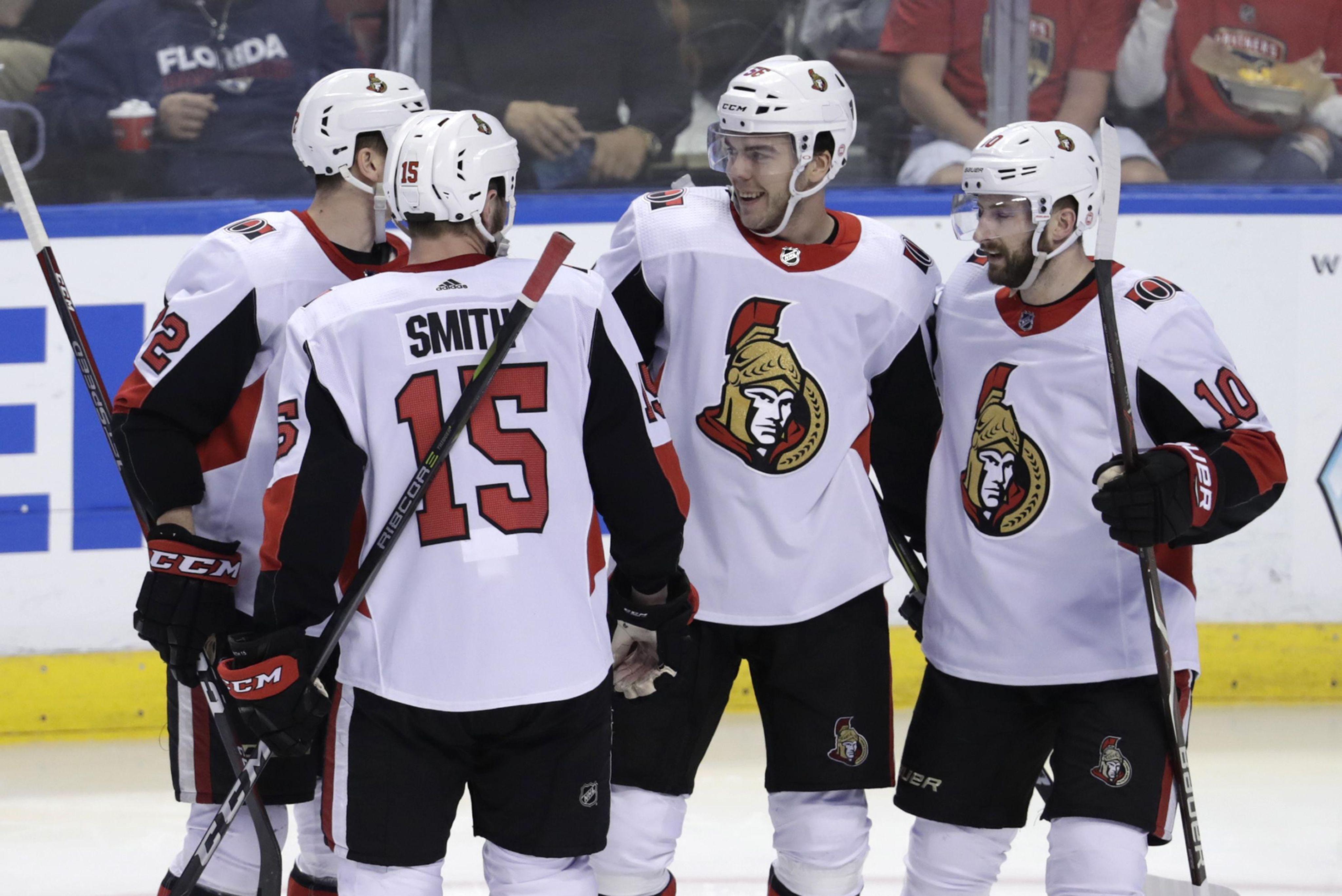 Senators_panthers_hockey_10182_s4096x2735