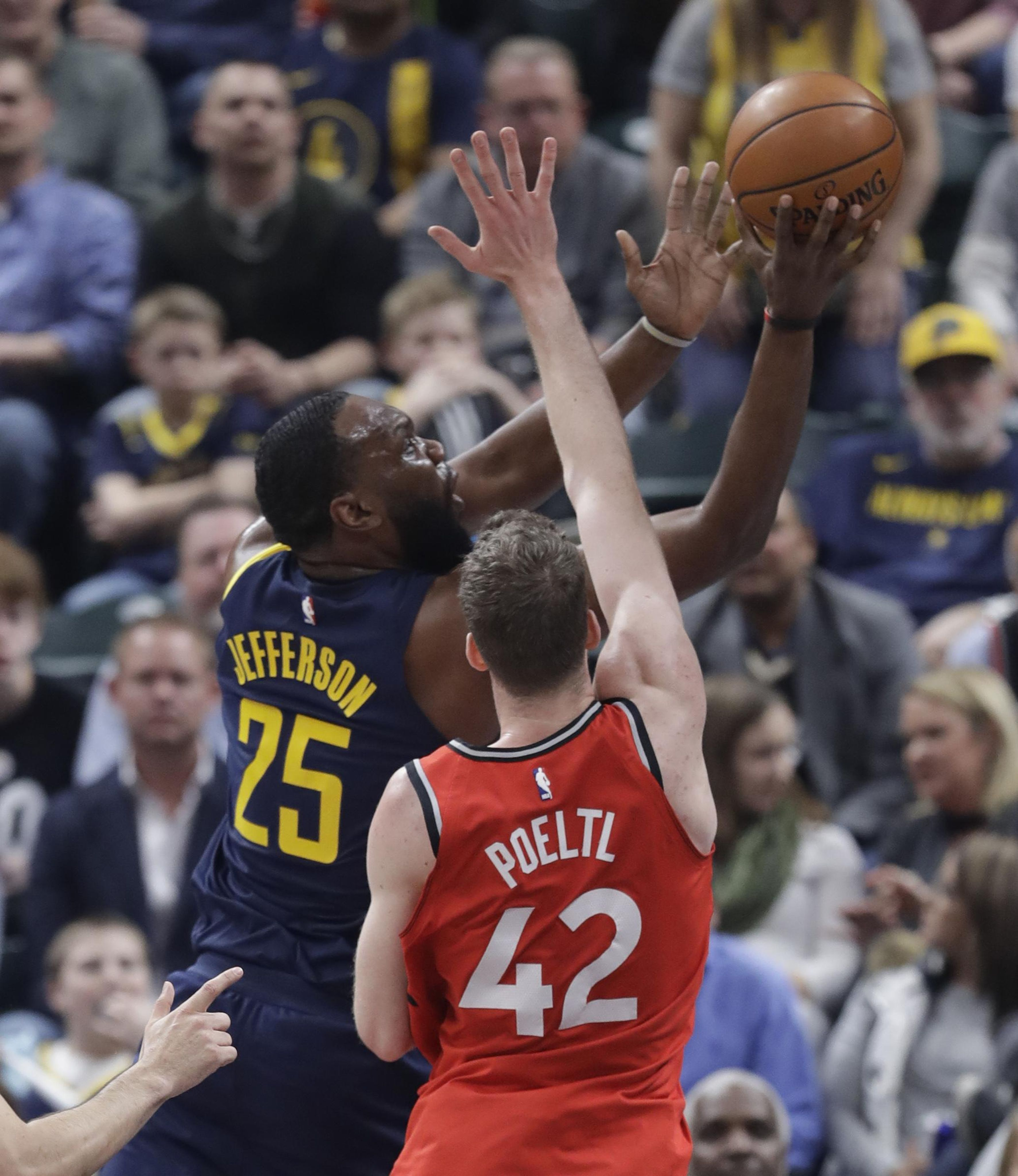 Raptors_pacers_basketball_57889_s3546x4096