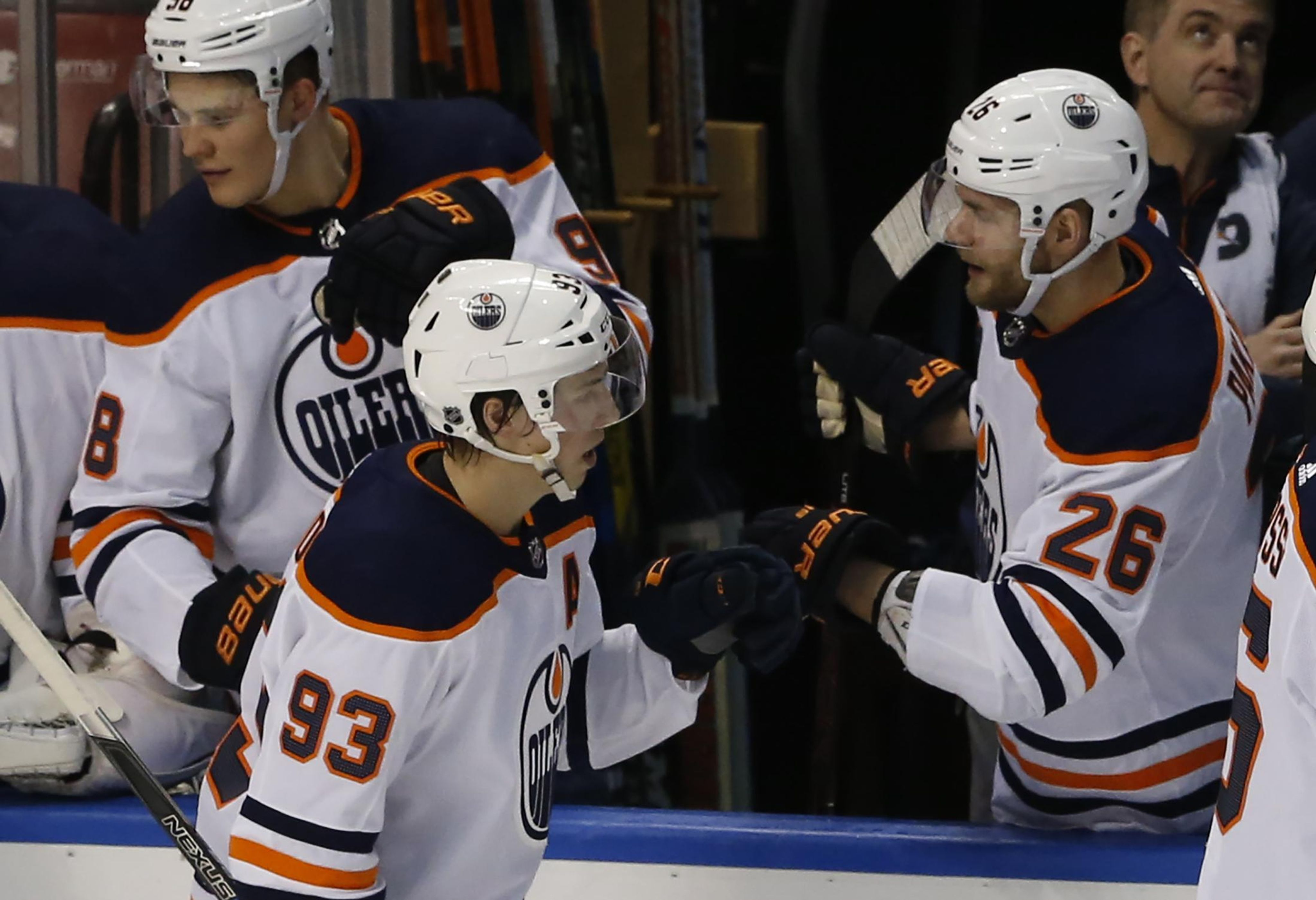 Oilers_panthers_hockey_41305_s4096x2802