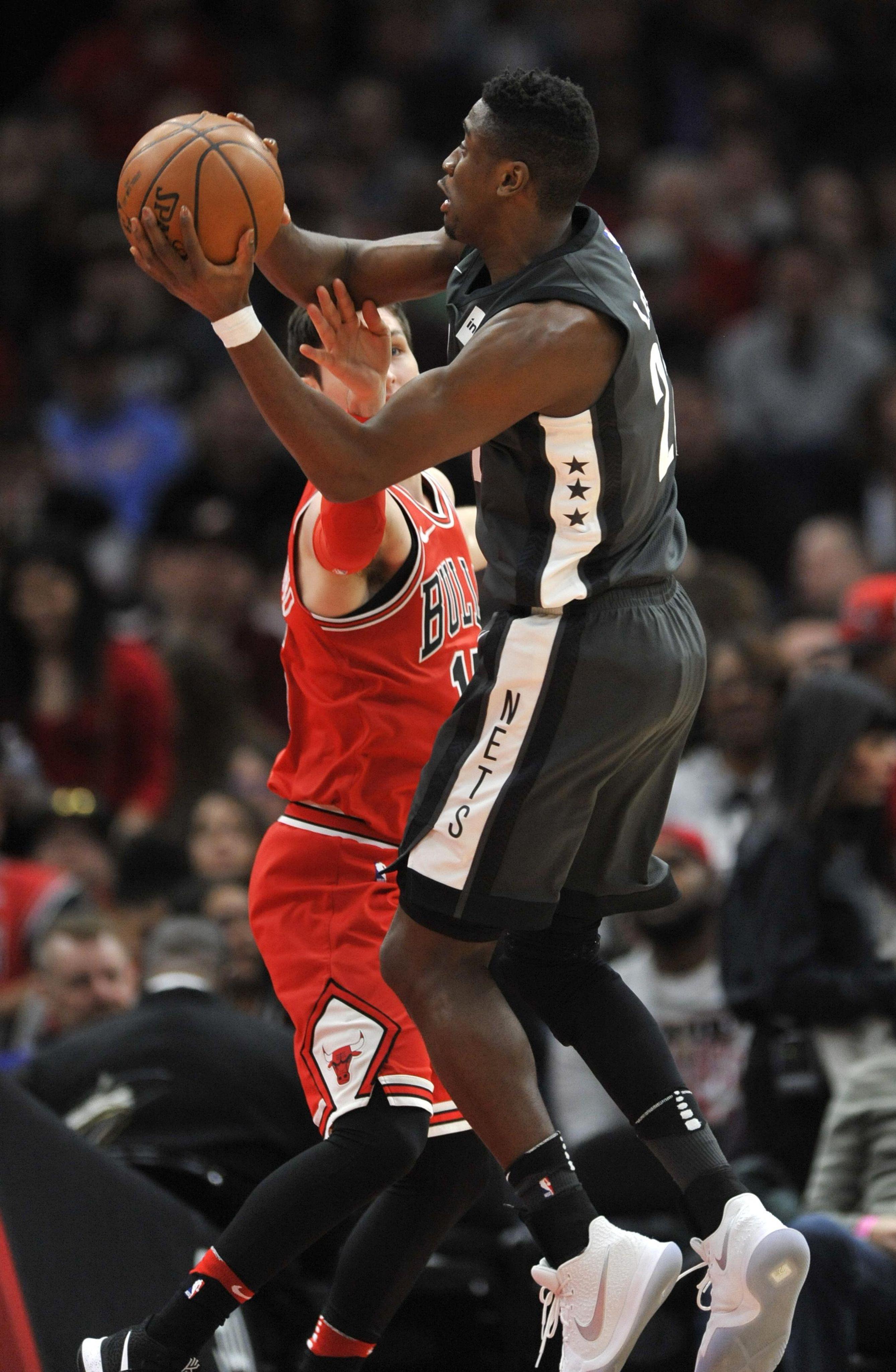 Nets_bulls_basketball_43718_s2675x4096